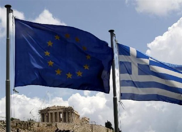 Την αίσθηση ότι όλο και περισσότεροι Ελληνες προτιμούν την «αργεντινοποίηση» της χώρας και όχι τη σωτηρία μέσω του ευρώ μεταφέρει η Wall Street Journal