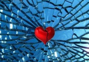 σπασμενη καρδια