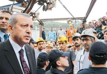 Ο Ταγίπ Ερντογάν δήλωσε για το δυστύχημα στην πόλη Σόμα πως «εκρήξεις τέτοιου είδους σε ορυχεία συμβαίνουν συνέχεια»...