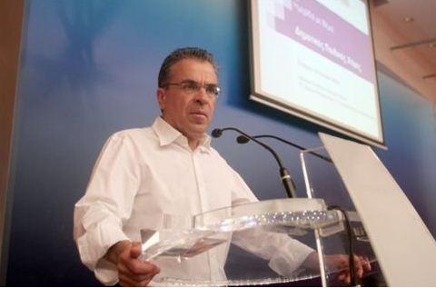 Ο υπουργός Εσωτερικών Αργύρης Ντινόπουλος   -Φωτογραφία ΑΠΕ