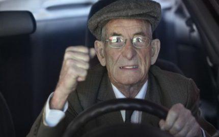 re-concerned-elderly-driver_91f7ea1d3c6e052c