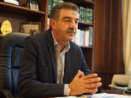 Καταγγελία του Δημάρχου Γρεβενών για την εγκατάσταση προσφύγων στον ορεινό όγκο