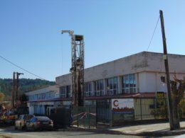 Δήμος Γρεβενών: Έπιασαν δουλειά τα γεωτρύπανα γεωθερμίας στο Κλειστό Γυμναστήριο (video)
