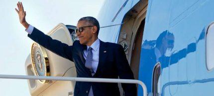 obama-air-force-one-708